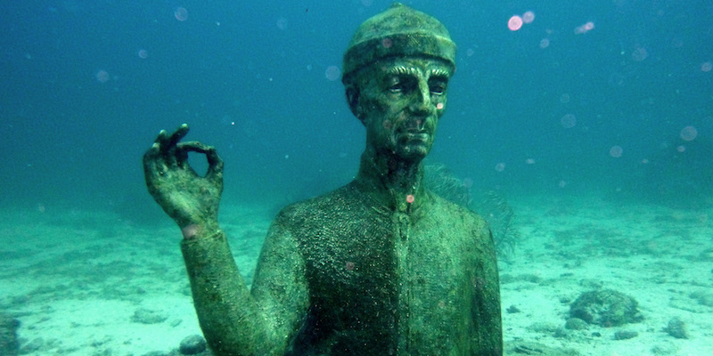 statue commander cousteau guadalupe
