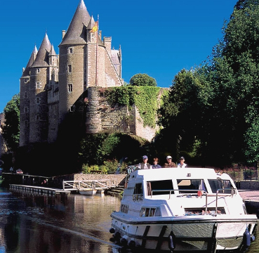 Boat hire Brittany
