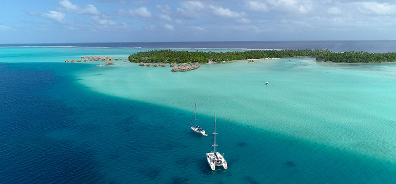 Boat hire French Polynesia